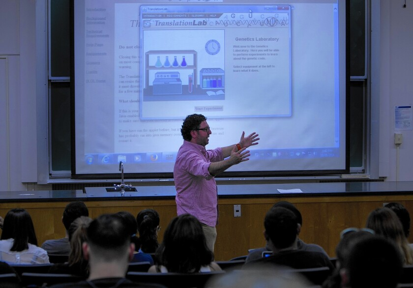 For some students, virtual labs replace hands-on science experiments