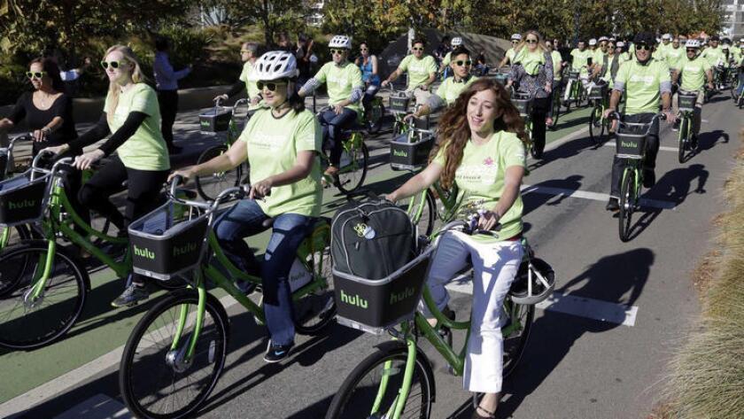 Después de años de planificación y retrasos, Los Ángeles verá finalmente el lanzamiento de su propio sistema de bicicletas de autoservicio.