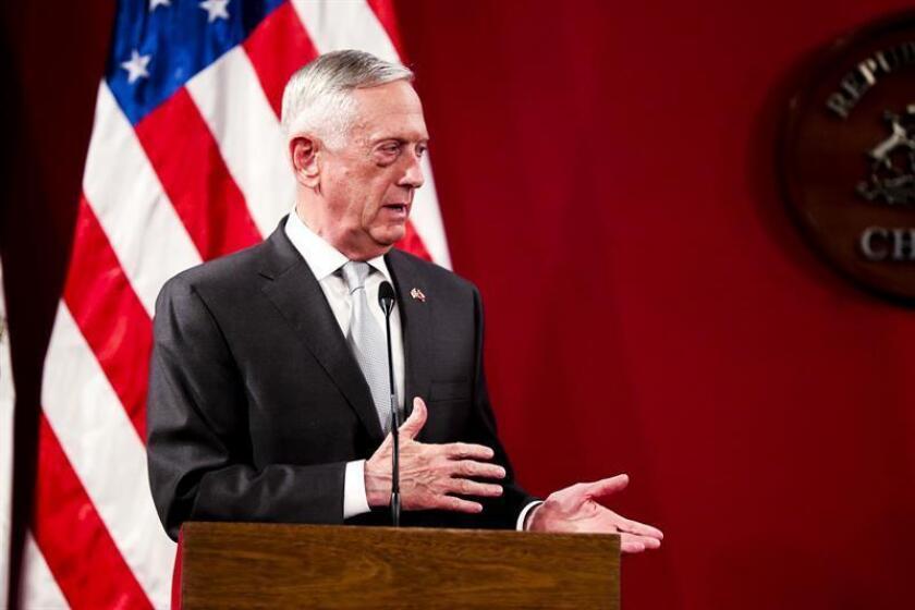 El secretario de Defensa de los Estados Unidos, James Mattis, participa durante una rueda de prensa. EFE/Archivo