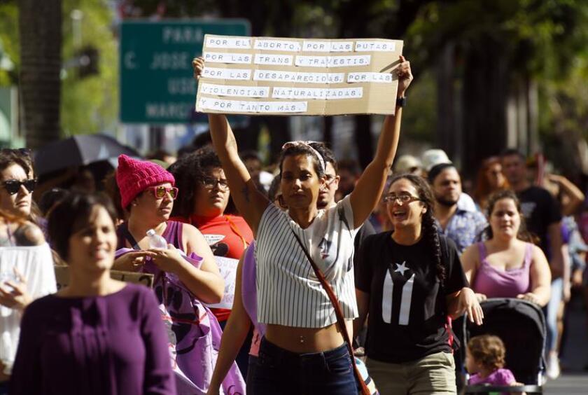 Las mujeres en Puerto Rico marchan por la igualdad