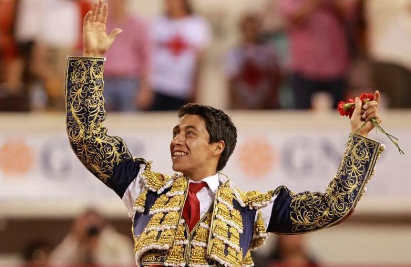 En la imagen, el torero mexicano Sergio Flores. EFE/Archivo