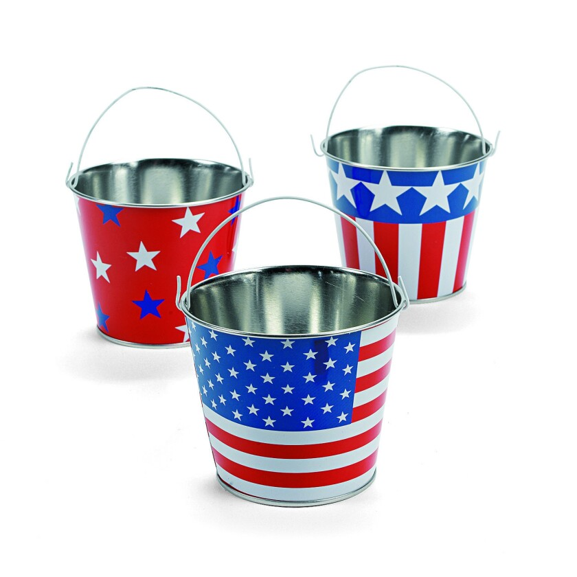 Patriotic pails, $13.99 per dozen at OrientalTrading.com. Photography: Oriental Trading Company.