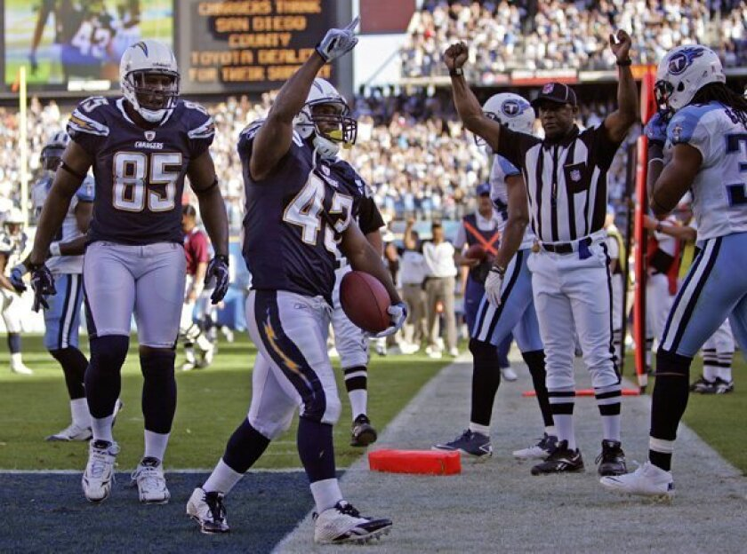 Chargers Darren Sproles celebrates a touchdown in the 4th quarter.