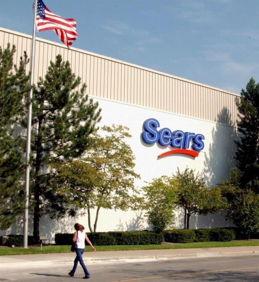 Imagen de archivo fechada en diciembre de 2004, y suministrada por Sears, que muestra una sede de Sears Holdings Corporación en Vernon Hills, Estados Unidos. EFE/Archivo