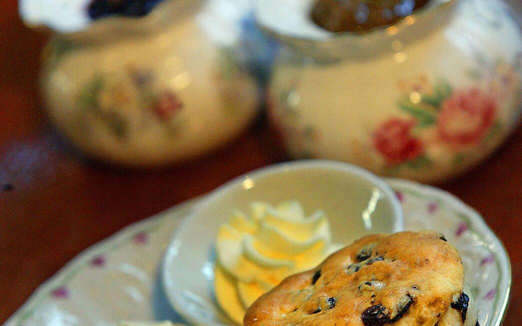 The Peninsula's currant scones