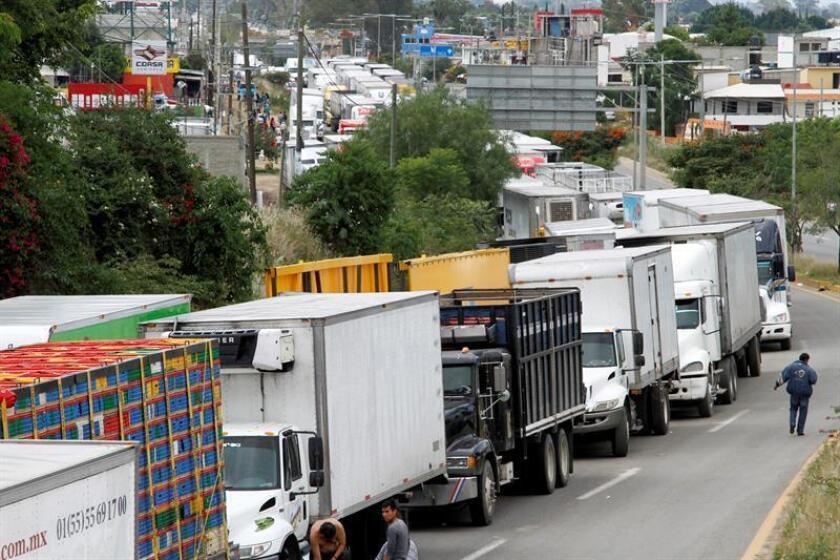 El gobierno mexicano decidió despedir a los maestros involucrados en la huelga.