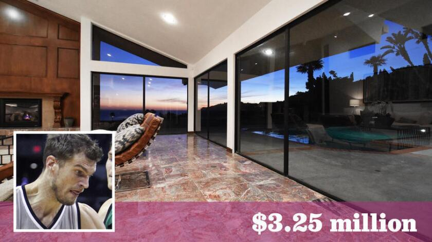 Splitter bought an ocean-view home in Malibu for $3.25 million.