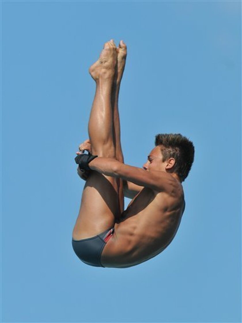 Thomas Daley, of Great Britain, dives during the men's platform finals at the AT&T USA Diving Championship Grand Prix in Fort Lauderdale, Fla., Saturday, May 9, 2009. Daley finished in first place. (AP Photo/Steve Mitchell)