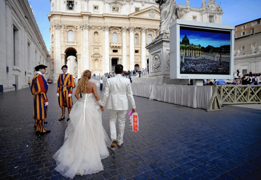 Pope Francis' annulment reforms may draw divorced Catholics