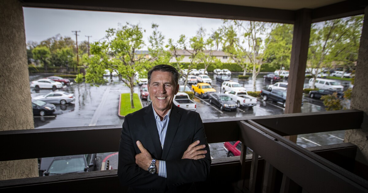 This Easter, coronavirus prompts revival of a SoCal church legacy: the drive-in ministry