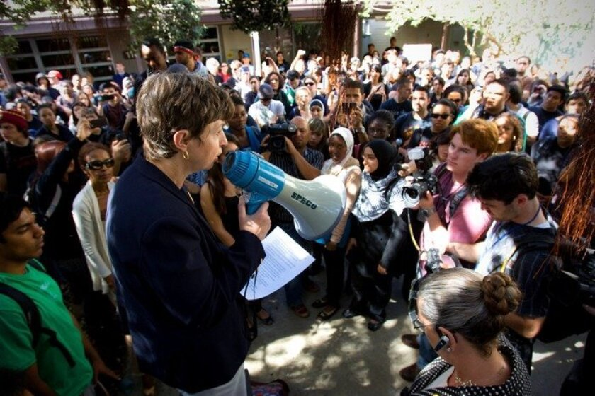 """UCSD Chancellor Marye Anne Fox addressed about 300 students at noon yesterday and read from a prepared statement regarding the investigation of a noose that was discovered in the Geisel Library on campus. """"It's abhorrent and untenable,"""" Fox said"""