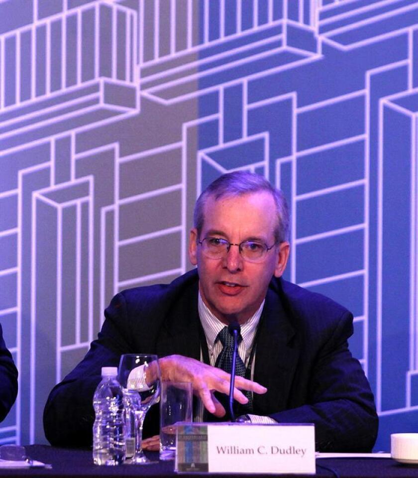 William Dudley Presidente y Director General, Banco de la Reserva Federal de Nueva York; Presidente del Comité sobre el Sistema Financiero Global habla durante una conferencia de prensa. EFE/Archivo