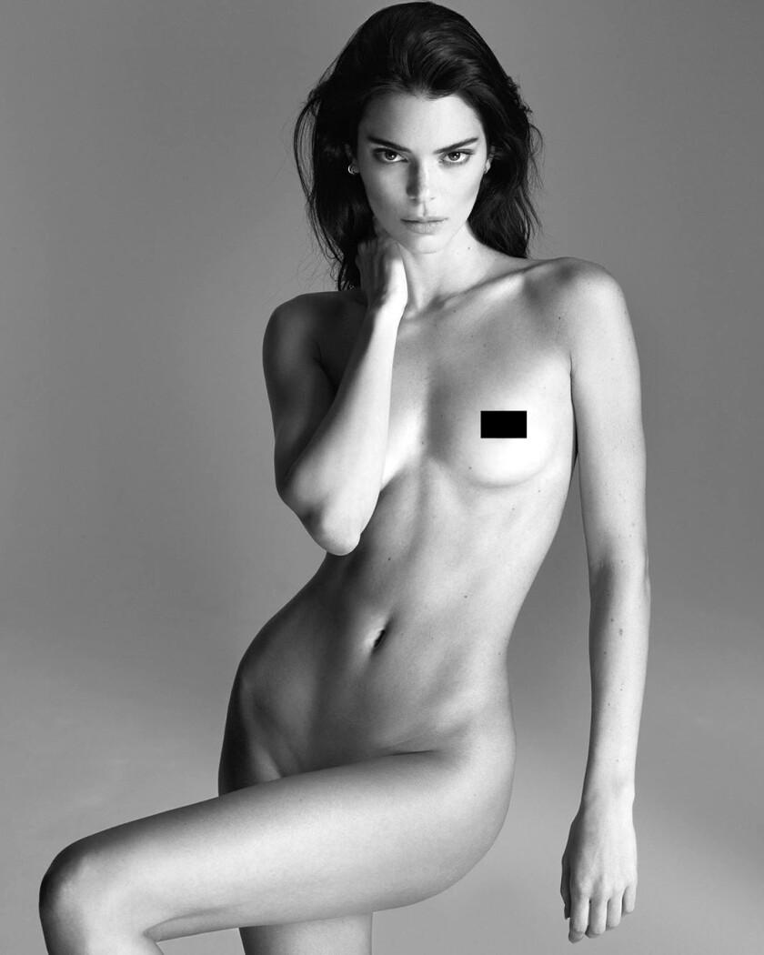 Kendall Jenner se desnuda