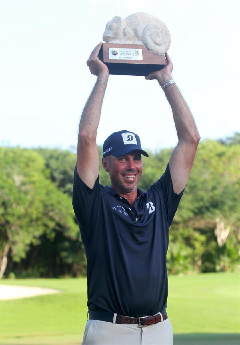 US golfer Matt Kuchar celebrates after winning the final round of the PGA's Mayakoba Golf Classic, in Playa del Carmen, state of Quinta Roo, Mexico, 11 November 2018. EPA-EFE/Alonso Cupul