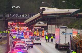 RAW: Amtrak train derails over I-5 in Washington state