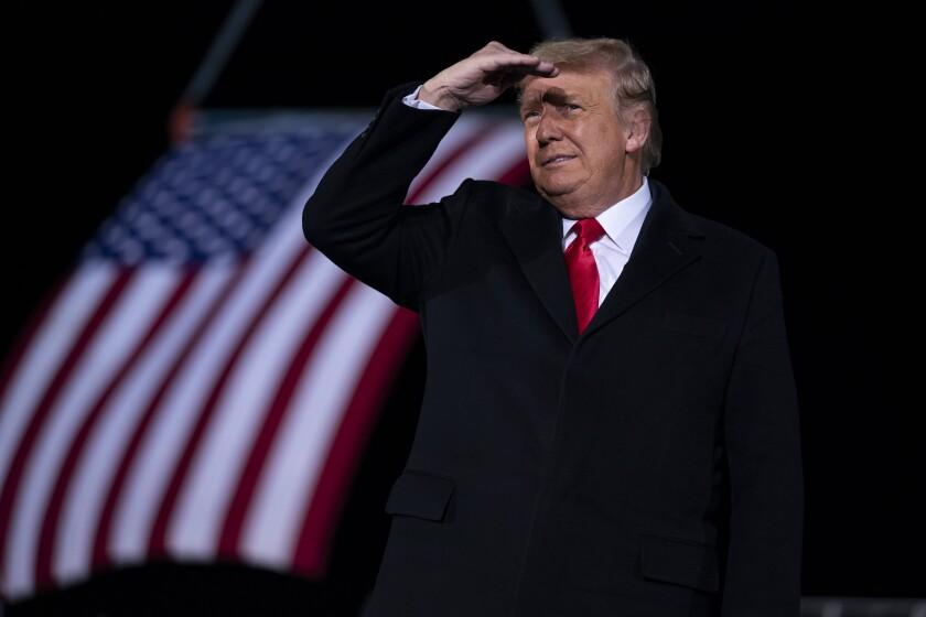 En esta fotografía de archivo del 4 de enero de 2021, el presidente Donald Trump