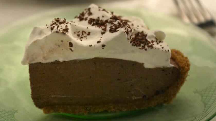 Black bottom pie