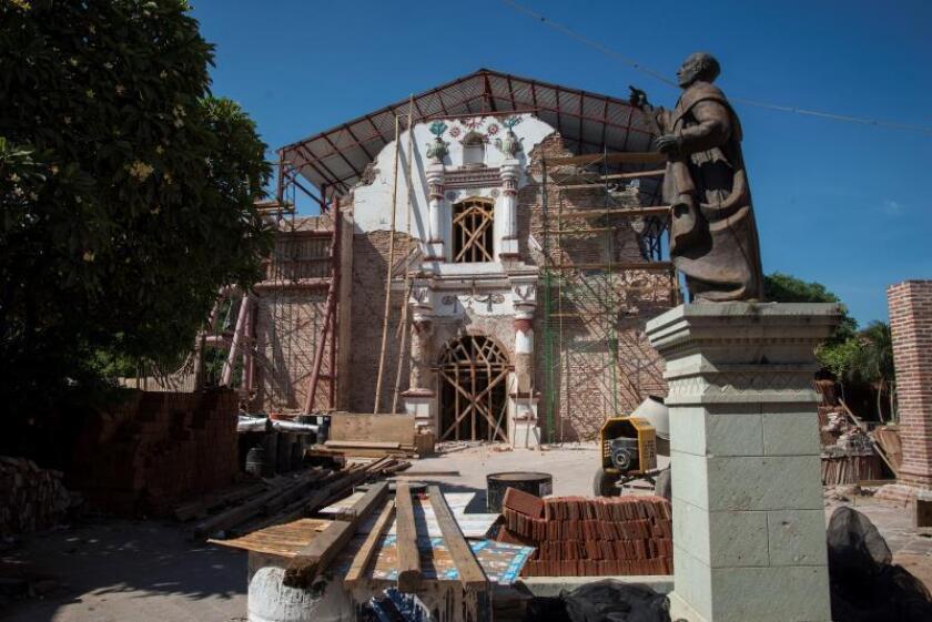 Fotografìa fechada el 06 de septiembre de 2019, que muestra una vista general de la ciudad de Juchitán en el estado de Oaxaca (México). A dos años del terremoto, en el municipio de Juchitán, estado mexicano de Oaxaca, las historias de contrastes abundan. EFE/Luis Villalobos