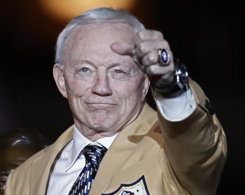 En la imagen, el dueño de los Cowboys, Jerry Jones. EFE/Larry W. Smith/Archivo