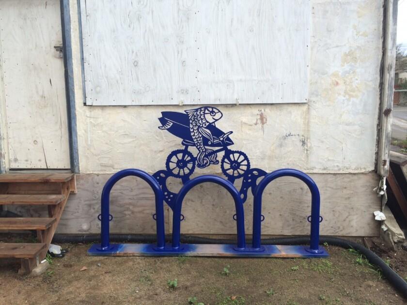 Annika Nelson's fish-themed bike racks in Leucadia.