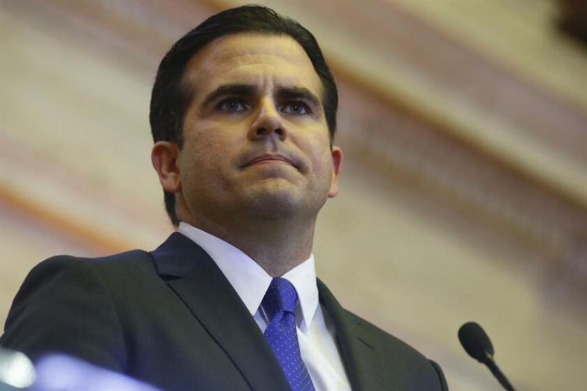 El gobernador de Puerto Rico, Ricardo Rosselló, anunció hoy que revelará de sus funciones a la secretaria de Justicia de la isla, Wanda Vázquez, mientras prosiguen las investigaciones en las que supuestamente estaría implicada. EFE/Archivo