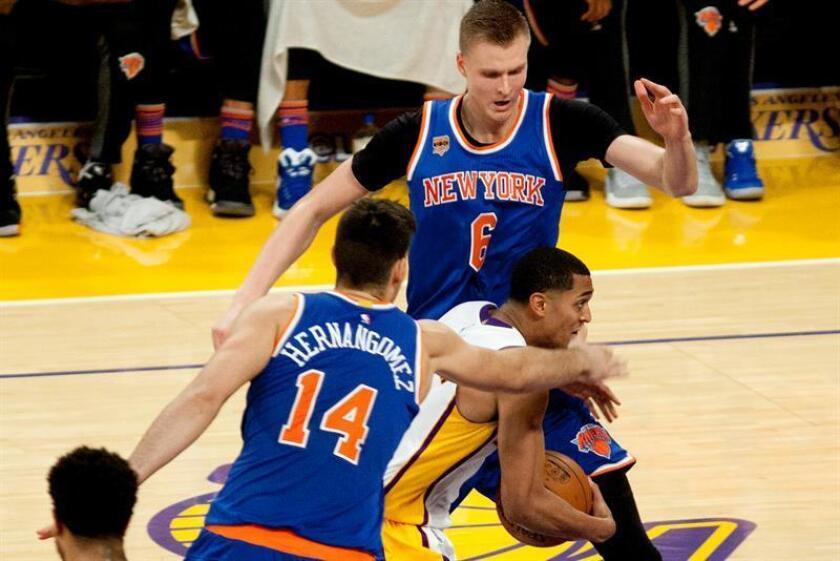 La decisión de los Knicks se debe a que hace dos días Oakley fue retirado por la fuerza del campo de juego y posteriormente arrestado. EFE/Archivo