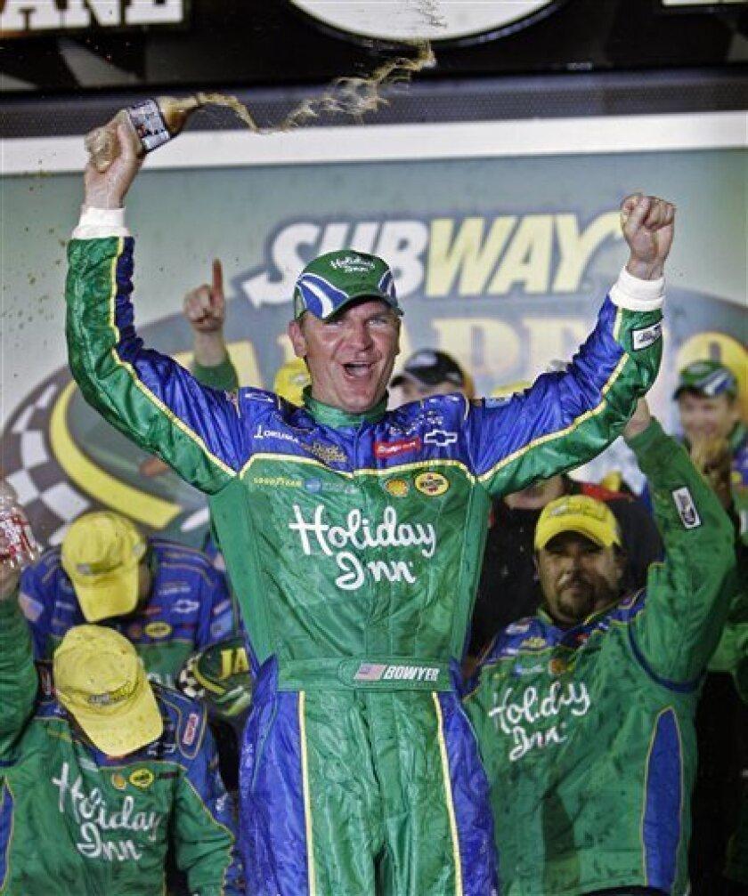 Clint Bowyer celebrates in victory lane after winning the Nationwide Series Subway Jalapeno 250 auto race at Daytona International Speedway in Daytona Beach, Fla., Friday, July 3, 2009.(AP Photo/John Raoux)