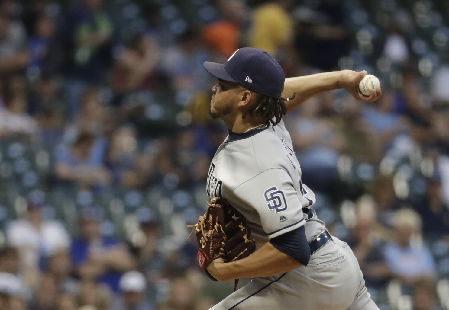 Dinelson Lamet strikes out 14, Padres beat Brewers for first win of road trip