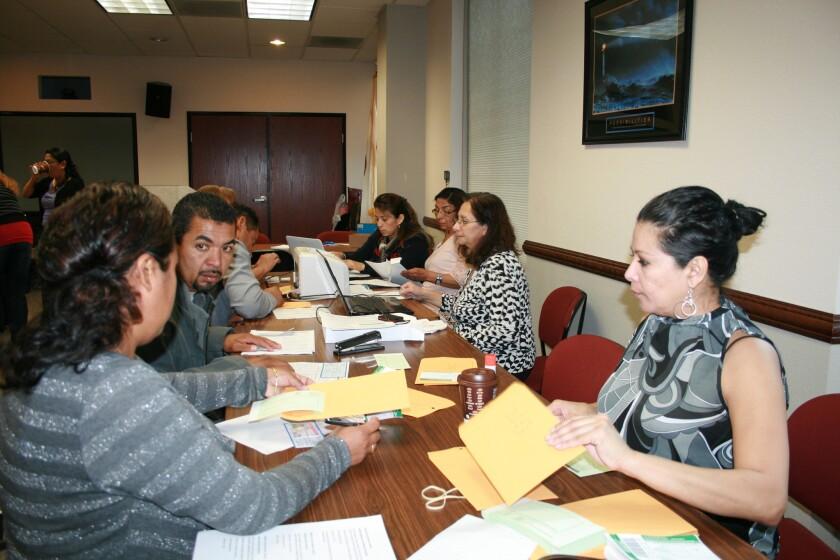 Inauguran agencia consular salvadoreña en Inland Empire