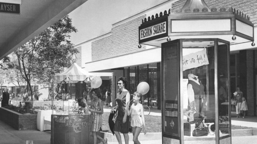 Fashion Square in Sherman Oaks, 1962