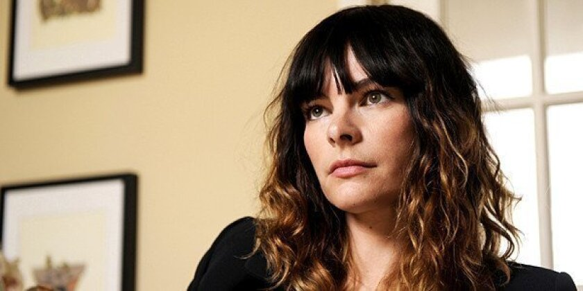 Kelly Oxford found and shaped her comedic voice in online chat rooms and blogs and on Twitter.