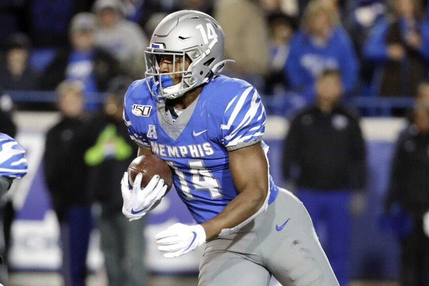 No 18 Memphis Looks For 4th Straight Saturday At Houston