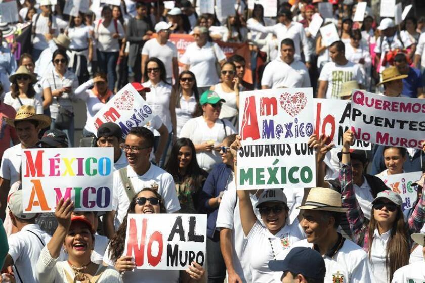 El incremento de la hostilidad contra los inmigrantes en EE.UU. se encuentra entre las causas que motivaron en 2017 un atípico descenso de la población mexicana en el país, según un análisis difundido hoy por el Centro de Estudios Pew. EFE/ARCHIVO