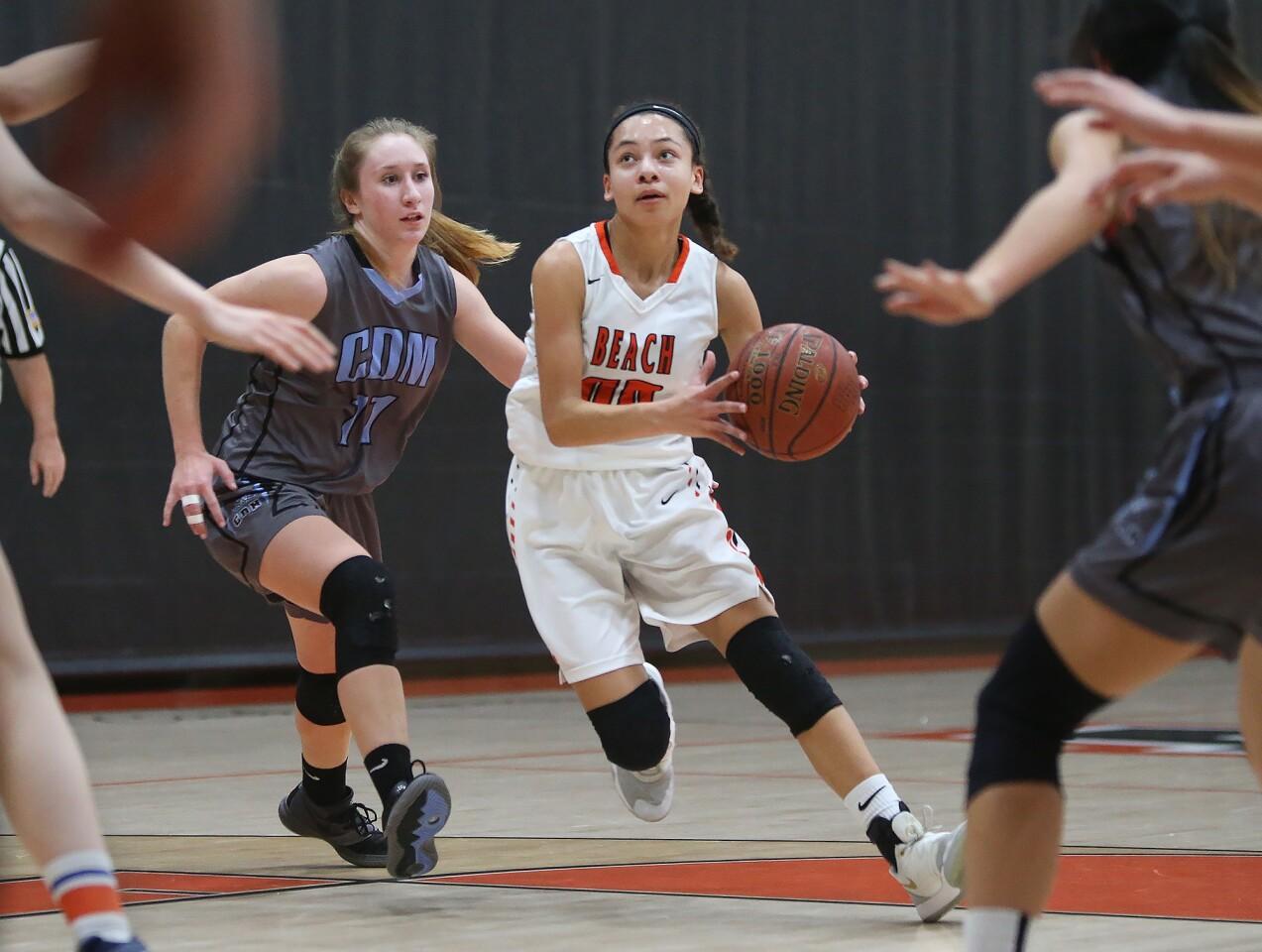 Photo Gallery: Corona del Mar vs. Huntington Beach in girls' basketball