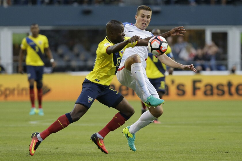 U.S. faces clear goal in pair of World Cup qualifiers