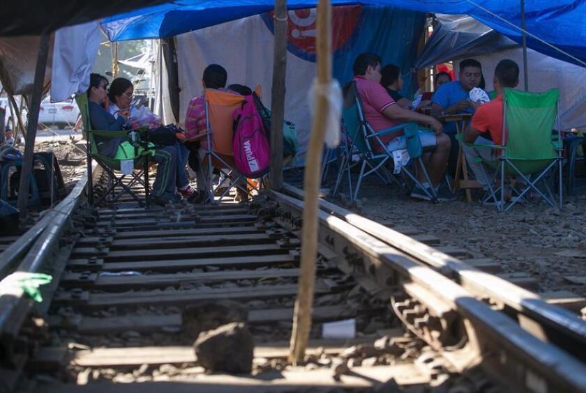 En 2 semanas se normalizará transporte en estado mexicano tras paro educativo
