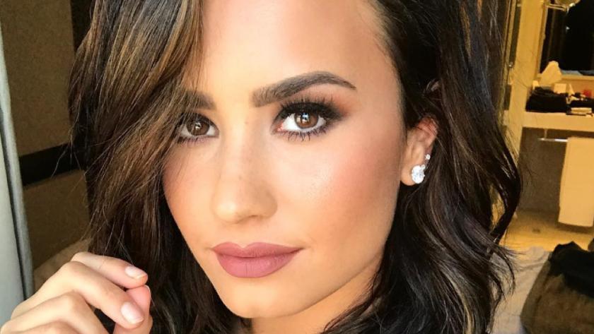 La decisión de la cantante de 24 años ha sido cuestionada por muchos en las redes sociales.