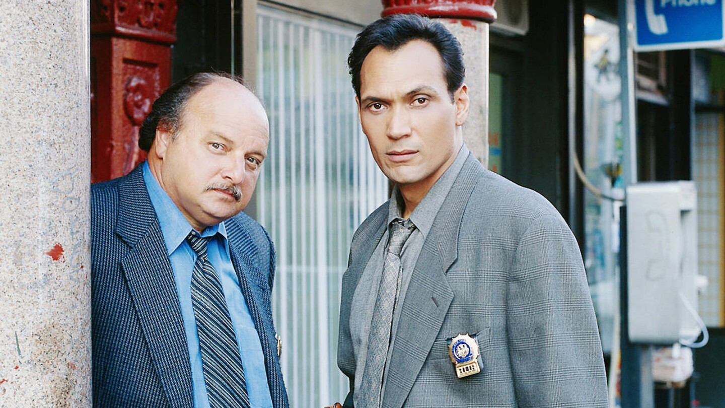 """Dennis Franz and Jimmy Smits in """"NYPD Blue."""""""