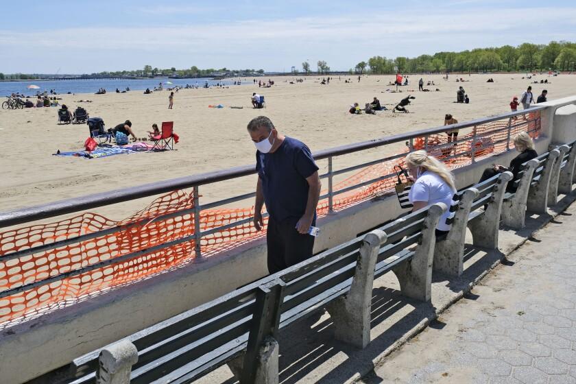 Virus Outbreak New York Beaches