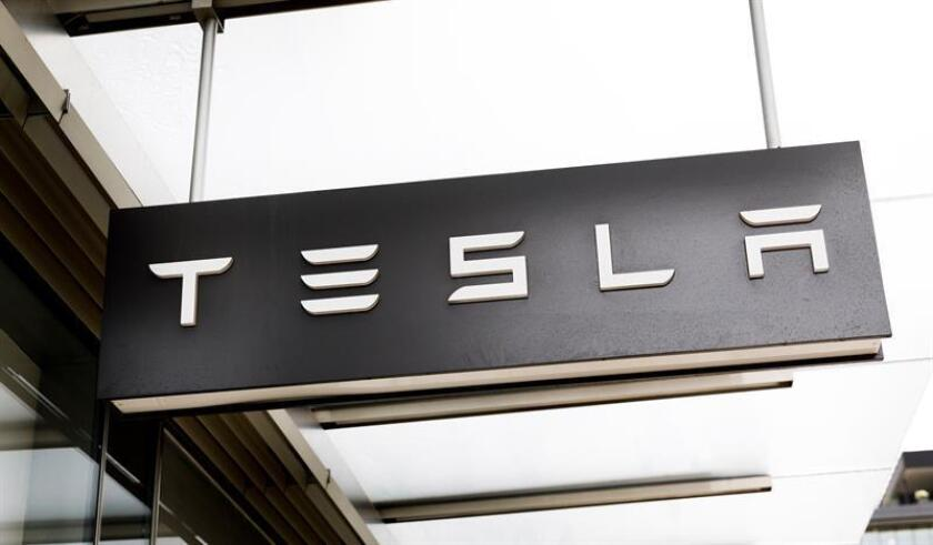 A view of a Tesla dealership in New York, New York, USA. EFE/EPA/FILE