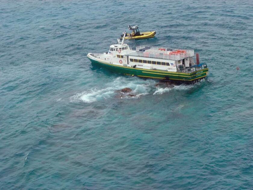"""La policía de Puerto Rico investiga un """"posible naufragio"""" en la playa """"Villa Montaña"""" en el sector Martiníca de Aguadilla (noroeste de la isla). EFE/ARCHIVO/USO EDITORIAL SOLAMENTE"""