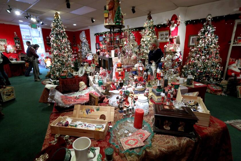 tn-blr-me-christmas-corner-20191206-7