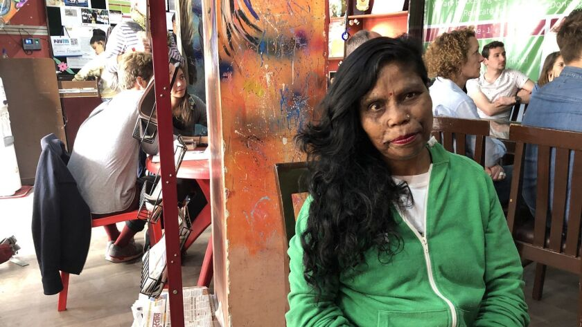 This cafe in India is fully run by acid attack survivors - Los