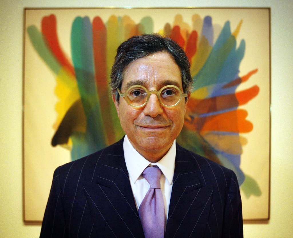 Jeffrey Deitch leaves MOCA Following three tumultuous years that saw much public criticism and a number of board defections, Deitch announced in July his departure as director of the Museum of Contemporary Art in Los Angeles. In November, the museum said that Maria Seferian, who has served as general counsel since 2008, will step in as interim director as the search for a permanent replacement continues. MOCA and director Jeffrey Deitch as an oil-and-water mix Jeffrey Deitch resigns as head of L.A. Museum of Contemporary Art