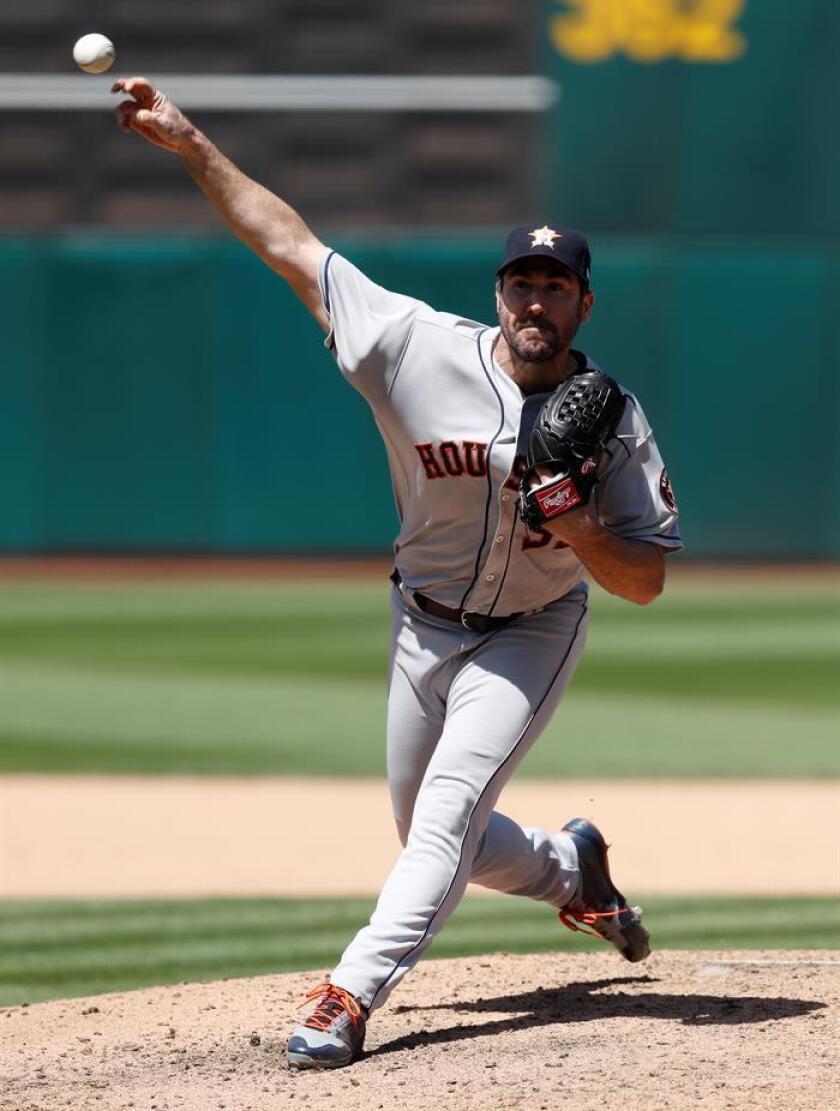 Justin Verlander de los Astros de Houston en acción. EFE/Archivo