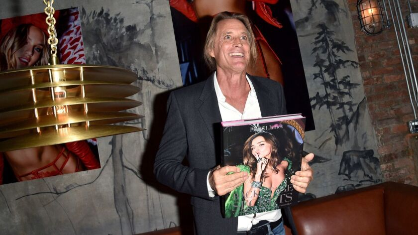 VictoriaÕs Secret Angels Celebrate Russell JamesÕ New Book