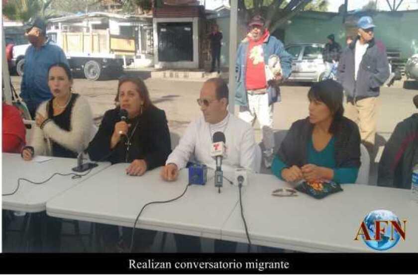 Realizan conversatorio migrante