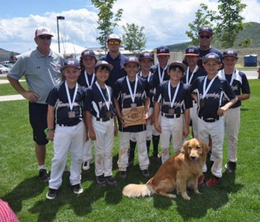 Front row, left to right: Tyler Simmons, Johnny McGoldrick, Jake Pearlman, Alex Chachas, Zach Wiygul; Back row, left to right: Coach Brian Belew, TK Parker, Coach Brandon Belew, Luke Evans, Grant Anderson, Karenna Wurl, Gary Anderson, Brent Peluso
