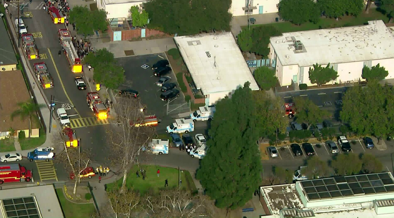 Elementary school kids doused as jet dumps fuel before LAX emergency landing