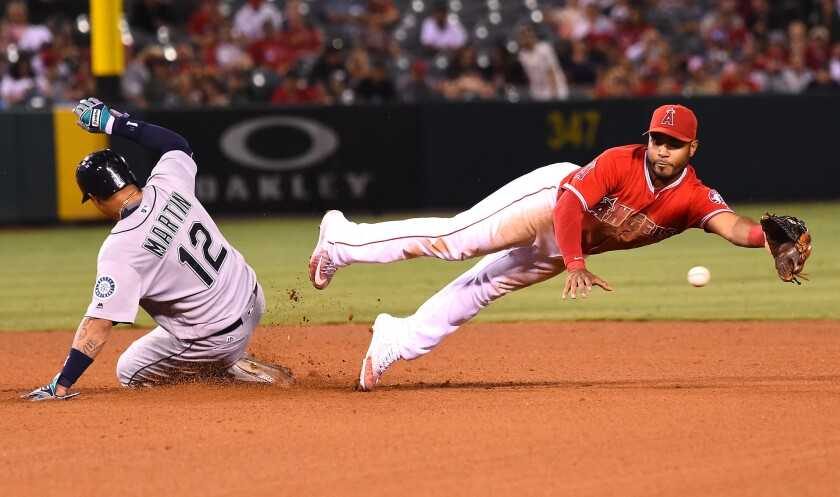 Angels can't finish comeback against Mariners